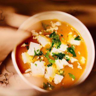 Oprócz żeberek w ten #weekend mamy dla Was pyszny krem z batatów 😉 #WeźNaWynos #wemlynie #soup #foodphoto #foodphotography #batat #sweetpotato #foodporn